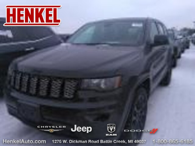 Pre-Owned 2017 Jeep Grand Cherokee Altitude IV RWD
