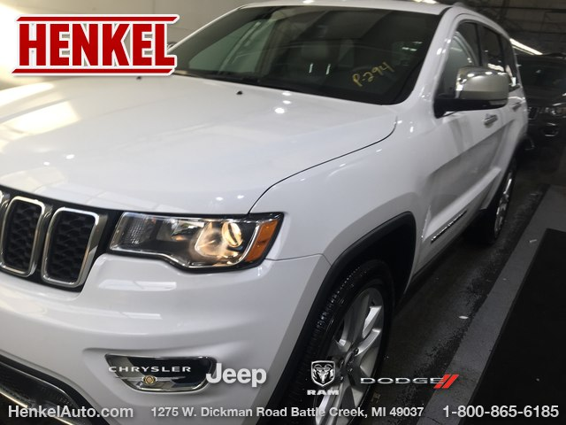 Pre Owned 2017 Jeep Grand Cherokee Limited 4x4 Suv In Springfield