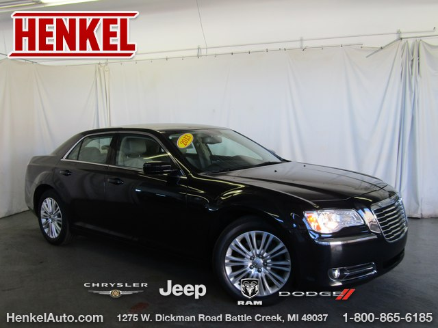 Pre-Owned 2013 Chrysler 300 AWD