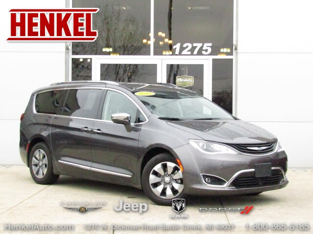Pre Owned 2017 Chrysler Pacifica Hybrid Platinum