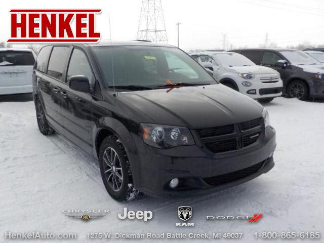 Pre-Owned 2017 Dodge Grand Caravan SXT Blacktop
