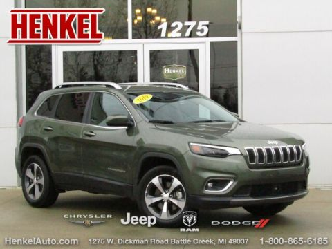 Pre-Owned 2019 Jeep Cherokee Limited 4X4